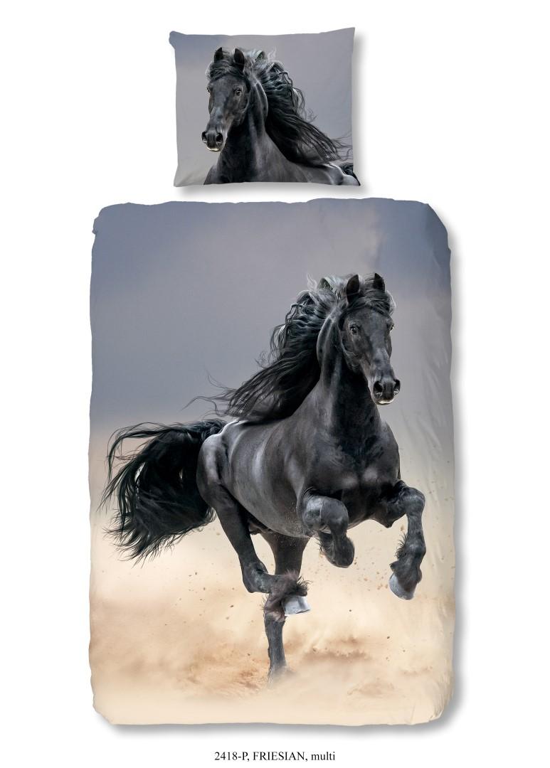 Dekbedovertrek met zwart paard